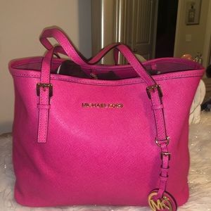 Michael Kors jet set Carry all tote